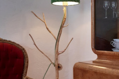 dezente Stehlampe