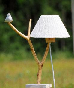 Eichenlampe mit Keramikvogel
